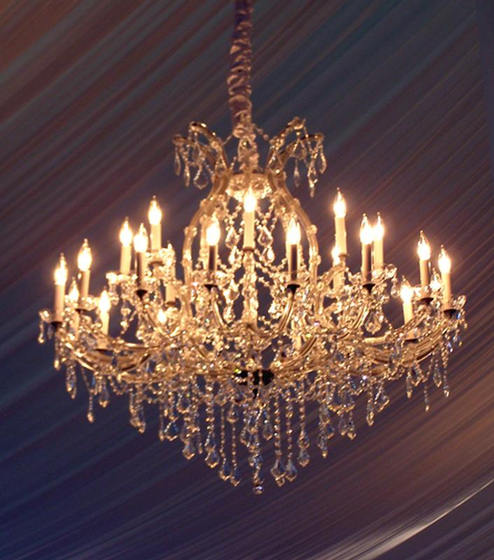 Glass chandelier event banquet wedding party ultimate events crystal chandelier aloadofball Image collections