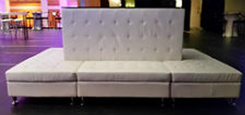 White Lounge Furniture Unique Decorating Design